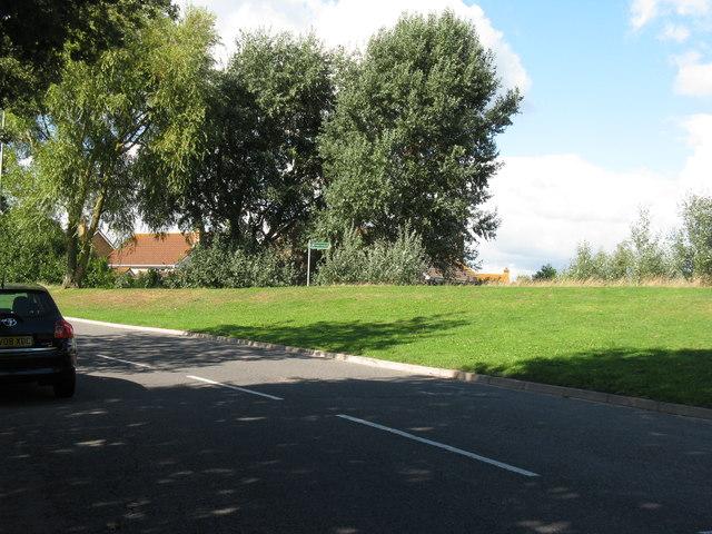 Footpath off Hazelwood Avenue Lower Willingdon
