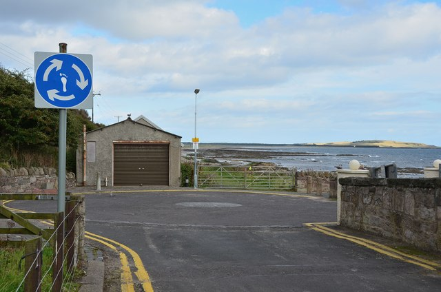 Road end at Temple, Lower Largo by Jim Barton