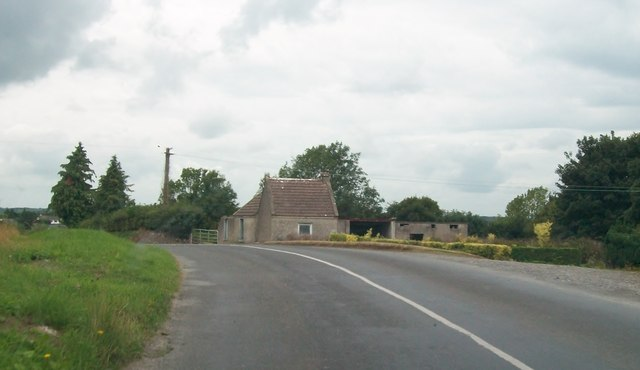 House on a bend in the R444 near Currow Quarry