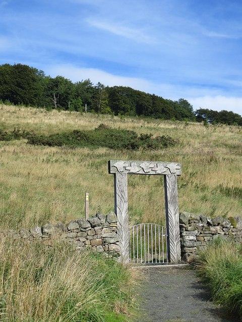 Carved gateway, Seamab Hill