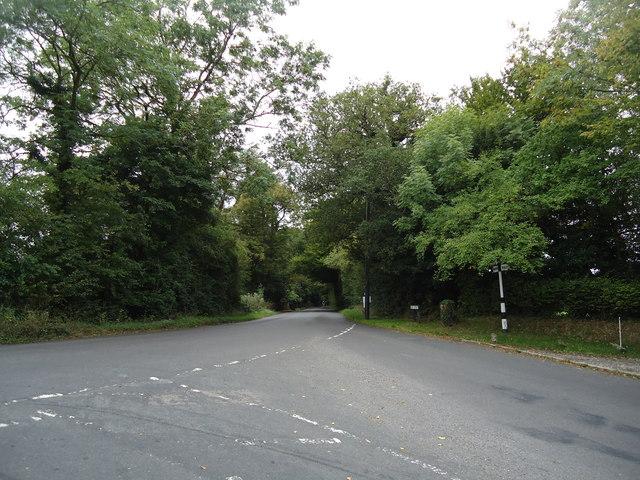 East Street, junction with Burnt House Lane