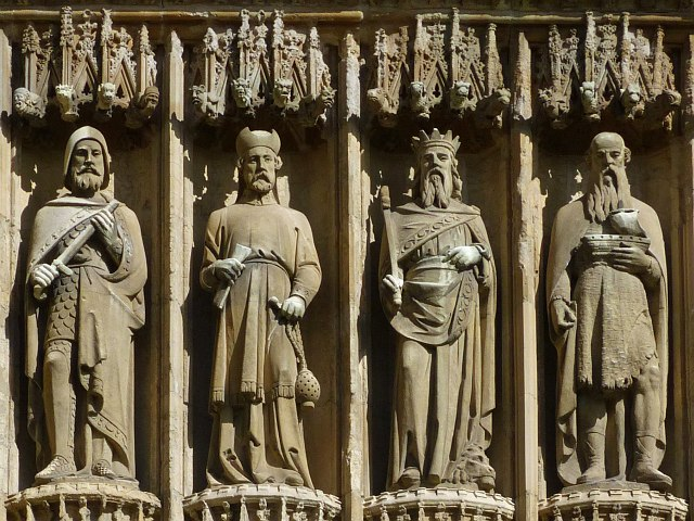 Four exterior statues, Beverley Minster