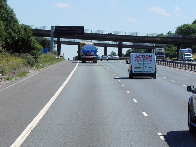 M6 Southbound, Junction 1