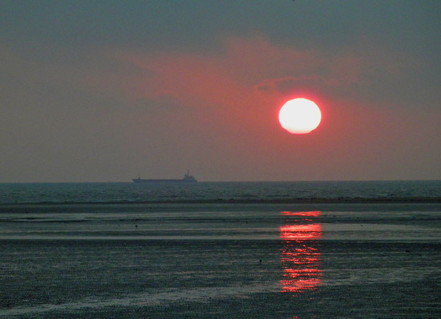 Lincolnshire Day sunrise at Cleethorpes