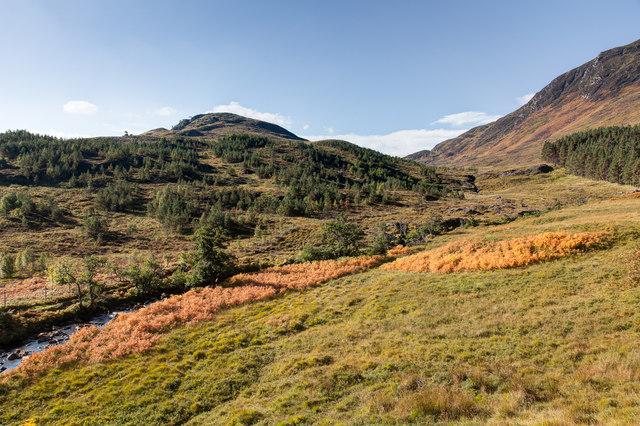 View towards Creag Clach Loundrain