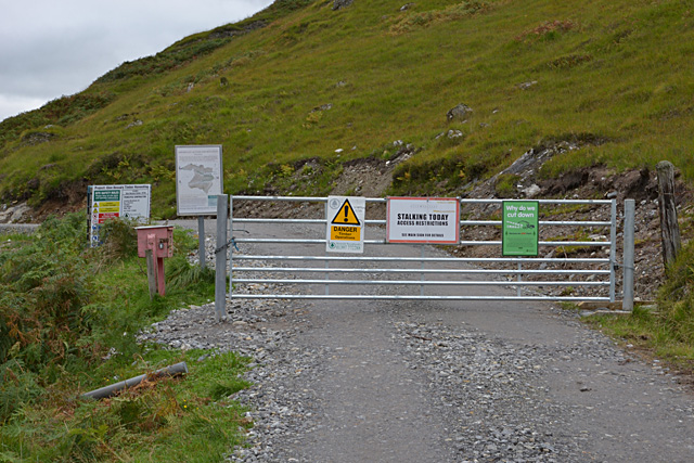 Notices at Strathan gate