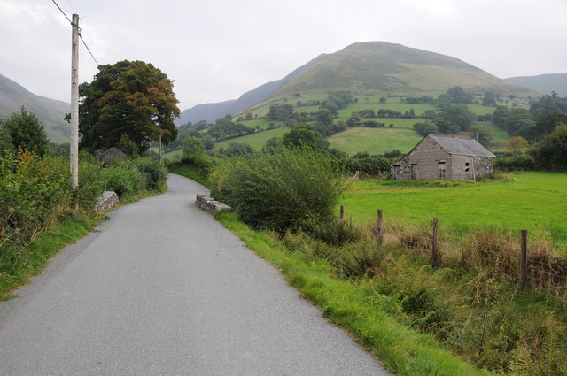 Country road near Pont y Pennant
