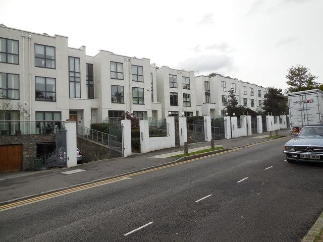Apartments in Queensmere Road, Wimbledon
