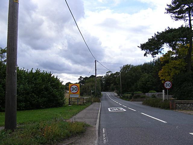 Entering Hintlesham on the A1071 George Street