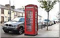 "J1418 : ""K"" type telephone box, Warrenpoint by Albert Bridge"