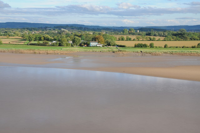 Low tide on the Severn at Newnham-on-Severn