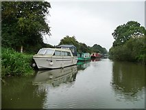 SU1661 : Boats moored against the towpath by Christine Johnstone