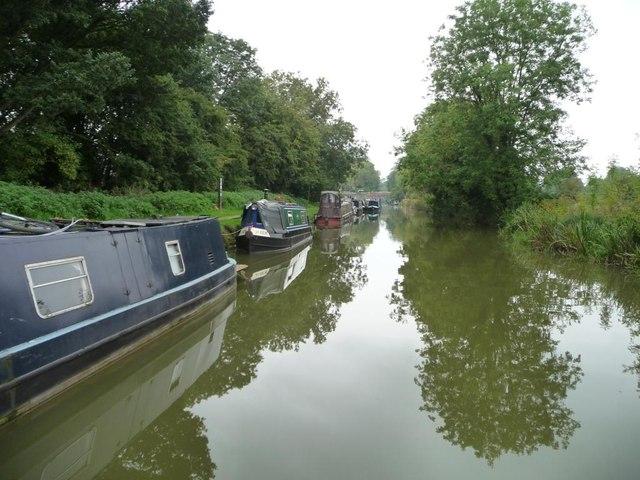 Narrowboats moored east of Pewsey Wharf