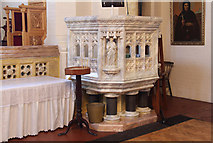 TQ2876 : St Bartholomew, (now St Nectarios), Battersea - Pulpit by John Salmon