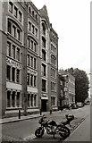 TQ3480 : Wapping High Street by Des Blenkinsopp
