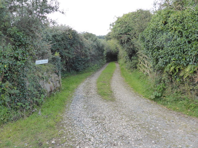 The lane to Little Tregellast