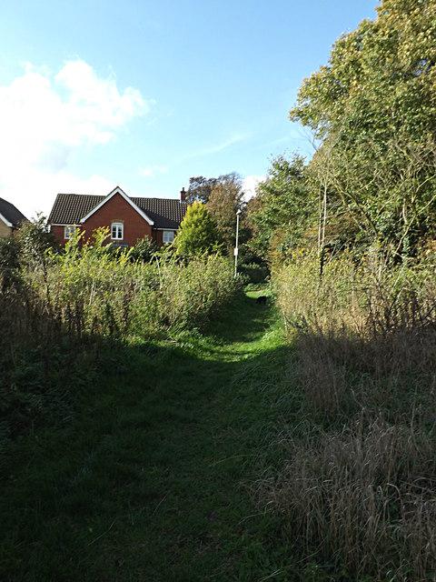 Footpath to Saxmundham Sports Club Recreation Ground