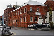 TA0827 : Neptune House on Neptune Street, Hull by Ian S