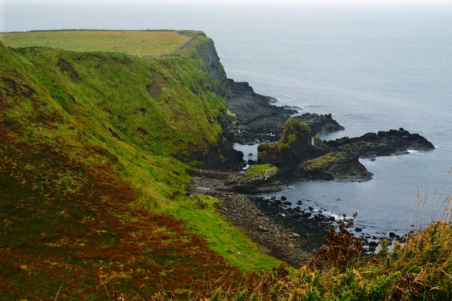 Antrim Coast - Giant's Causeway - Southwest Side of Portnaboe