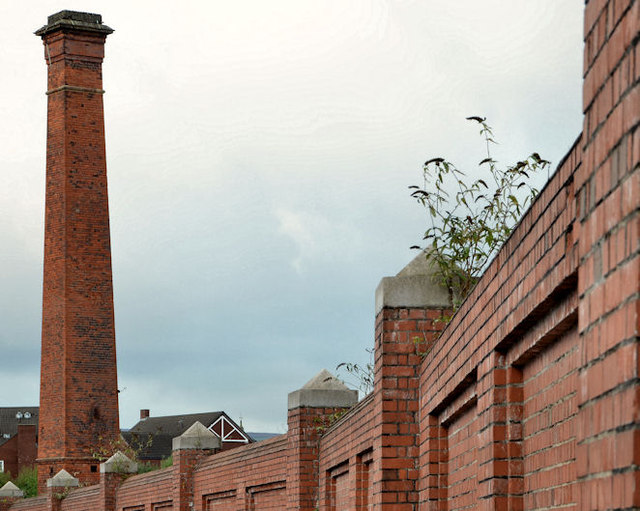 The Sirocco chimney, Belfast (2)