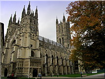 TR1557 : Canterbury Cathedral by Chris Heaton