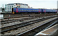 ST5972 : First Great Western train in Bristol Temple Meads railway station by Jaggery