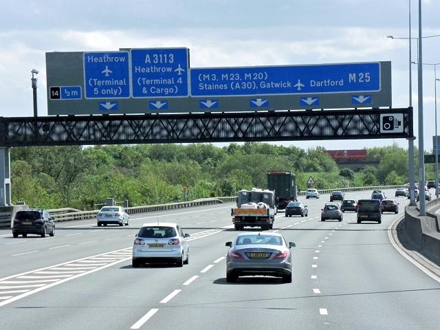 Anti-clockwise M25 near Heathrow
