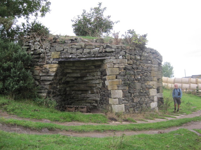 Lime Kiln near Craggyhall Farm