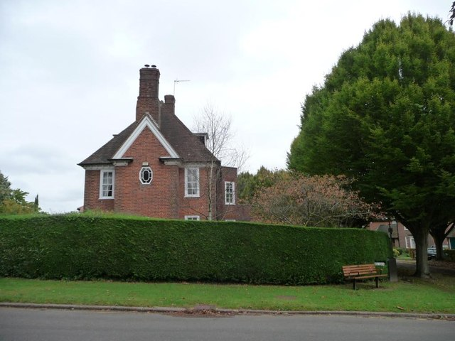 Detached house on Dognell Green