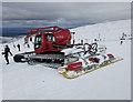 NJ0004 : Piston Bully, Cairngorms ski area by Hugh Venables