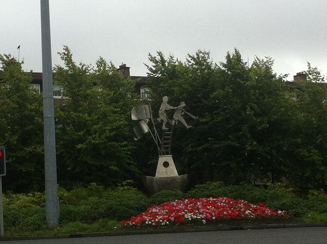 Roadside garden and sculpture