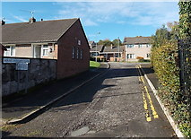ST2896 : Mount Pleasant Close, Pontnewydd,Cwmbran by Jaggery