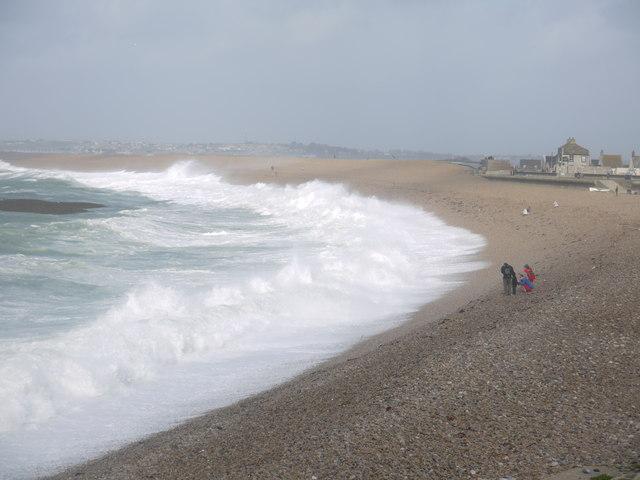 Stormy seas on Chesil Beach
