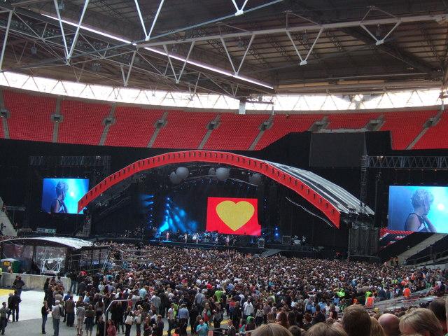 Girls Aloud - Wembley, London - September 2009