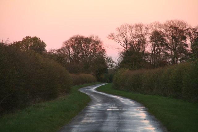 The road toward North Farm