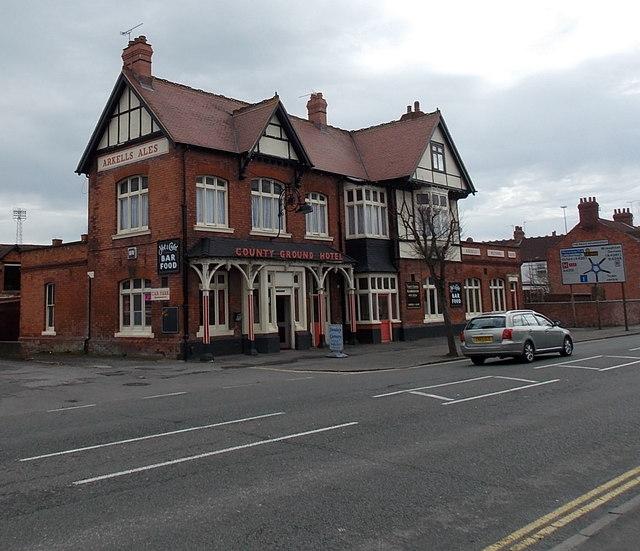 County Ground Hotel, Swindon