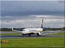 SJ8184 : Ryanair Boeing 737 at Manchester by David Dixon