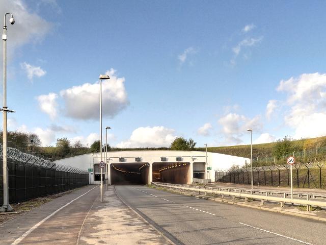 Road Tunnel Under Airport Runways