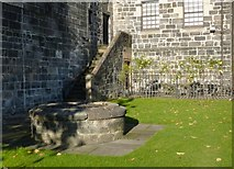 NS4863 : Old well beside Paisley Abbey by Lairich Rig