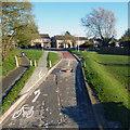 SU6771 : Extreme Bus Lane by Des Blenkinsopp