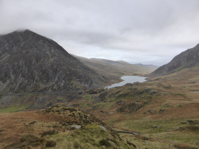View down to Llyn Ogwen and Pen Yr Ole Wen from lower slopes of Y Garn