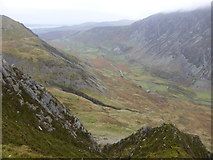 SH6360 : View down the Nant Ffrancon valley from above Cwm Cywion by Jeremy Bolwell