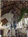 SX4268 : Preparing the garland, Cotehele House by David Smith