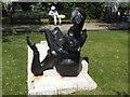 TQ3281 : Recumbent figure of Thomas Becket by Stephen Craven