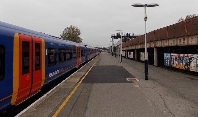 Split-level railway station, Portsmouth & Southsea