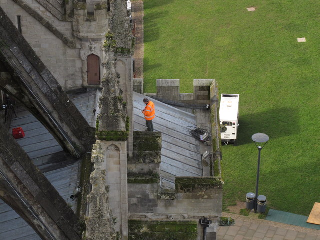 Floodlighting work on Exeter Cathedral roof