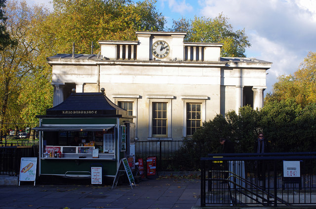 Lodge and refreshment kiosk, Hyde Park Corner