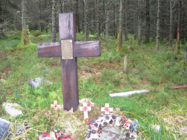 Replacement Cross to crew of Crashed Halifax Bomber