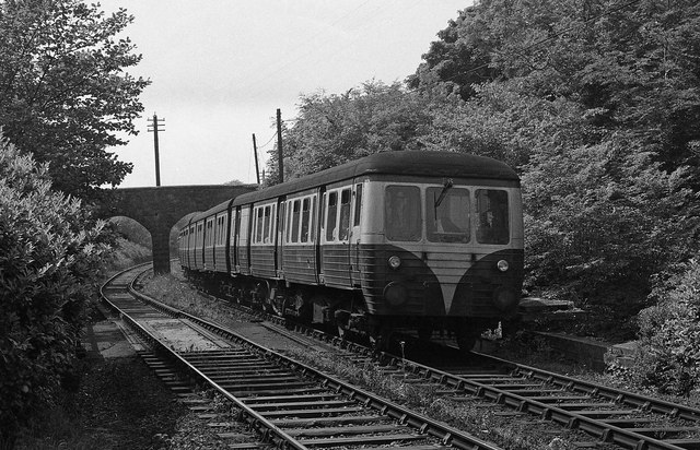 MED approaching Crawfordsburn station - 1975