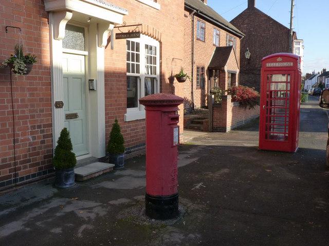 Queniborough, Main Street - postbox and K6 telephone kiosk